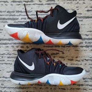 Nike Kyrie 5 'Friends' Size 8.5